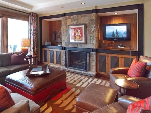 OSP 503 living room